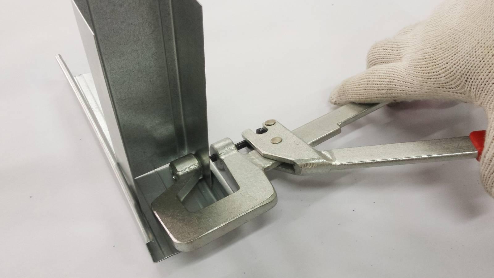 Просекатель для металлического профиля под гипсокартон: виды и характеристики