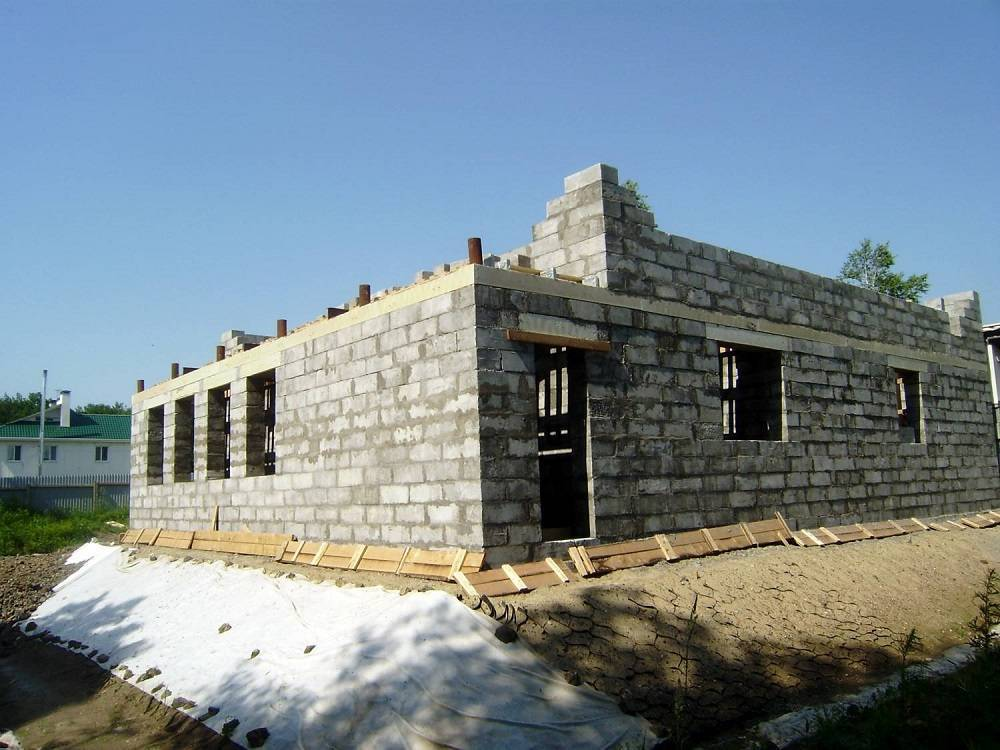 Отзывы о домах из полистиролбетона, недостатки, обзор технических характеристик материала