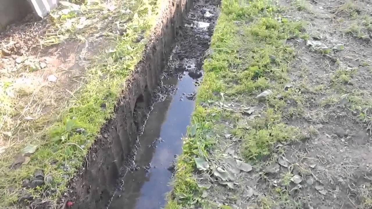 Какой фундамент обустраивать при высоком уровне грунтовых вод?