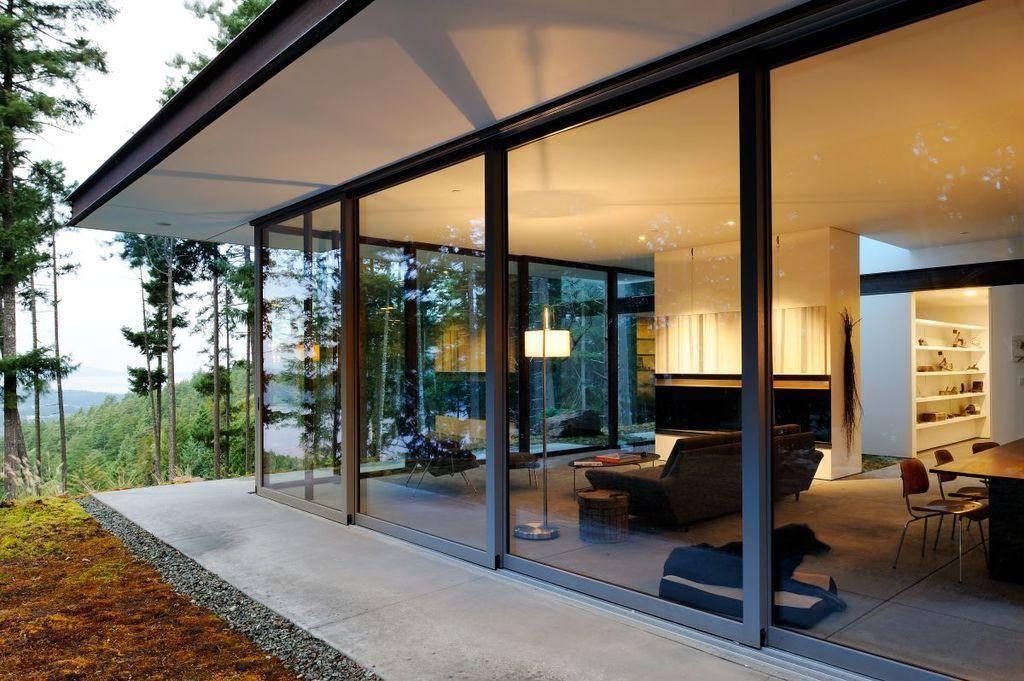 Панорамные окна (69 фото): как называется остекление от потолка до пола, утепление больших стеклопакетов и размеры пластиковых конструкций