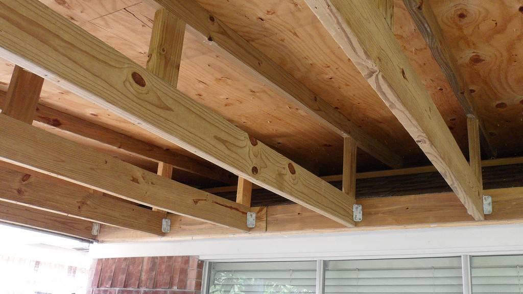 Потолок своими руками в частном доме: варианты, как лучше сделать деревянный или бетонный, правильно утеплить минватой или иным материалом и обшить