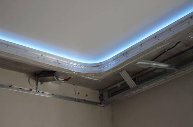 Двухуровневый гипсокартонный потолок своими руками с подсветкой