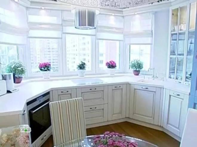 Кухня с эркером: 75 современных дизайнерских решений для дома