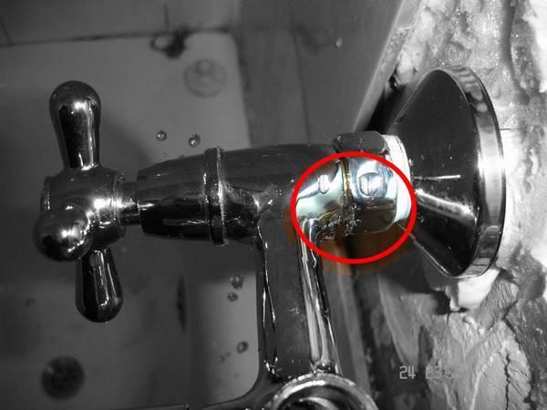 Как починить капающий кран в ванной – ремонт капающего крана (+фото)