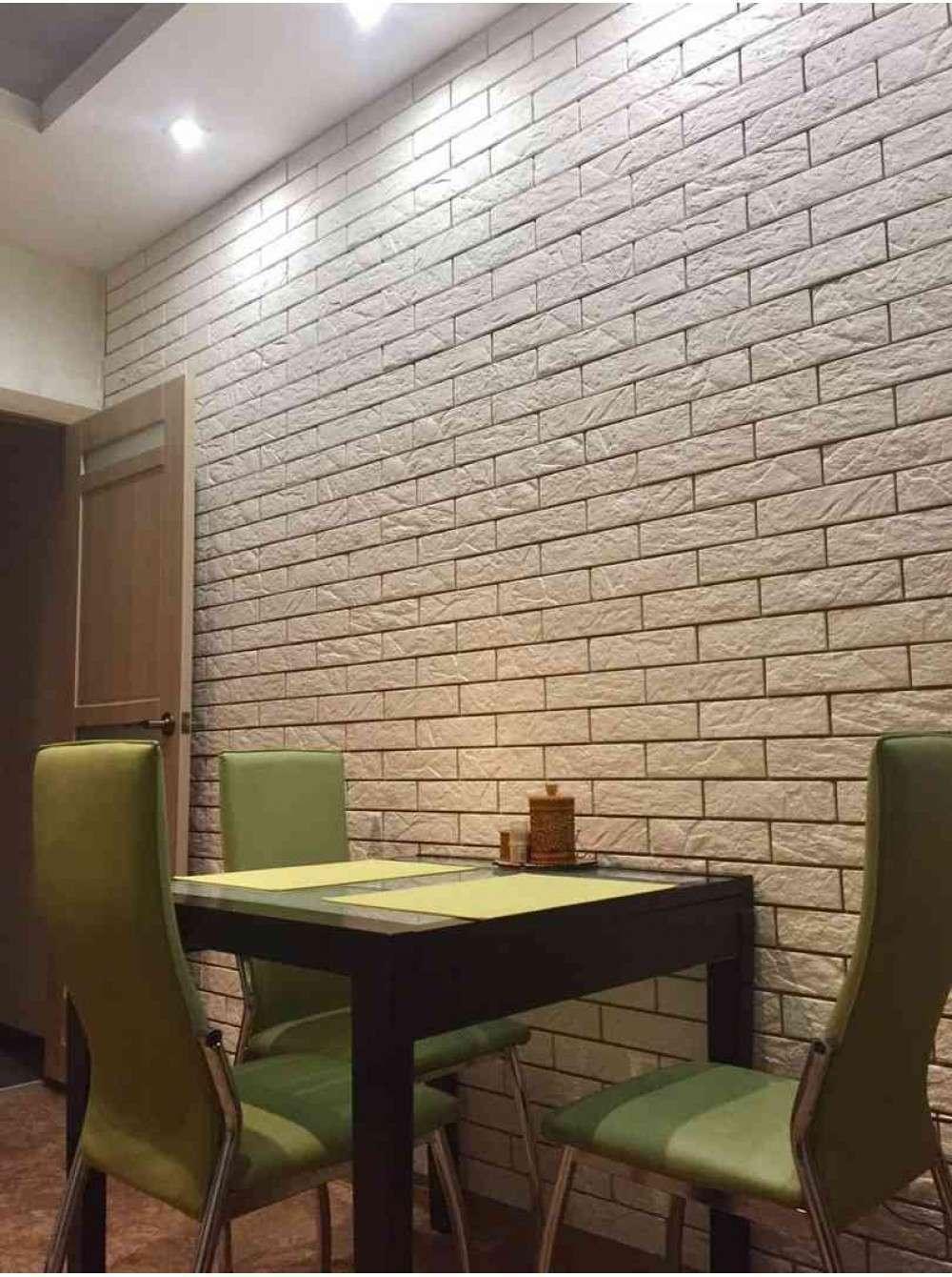 Ламинат на стене в интерьере кухни