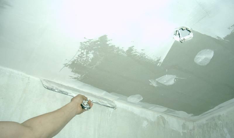 Как выполнить шпаклевание гипсокартона под покраску на потолке | stroimass.com