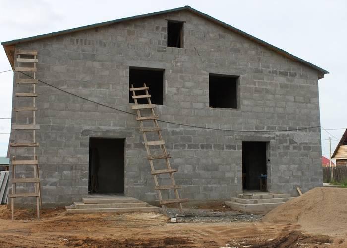 Дома из полистиролбетона: домокомплекты из полистиролбетонных панелей, проекты и строительство домов, плюсы и минусы, отзывы владельцев