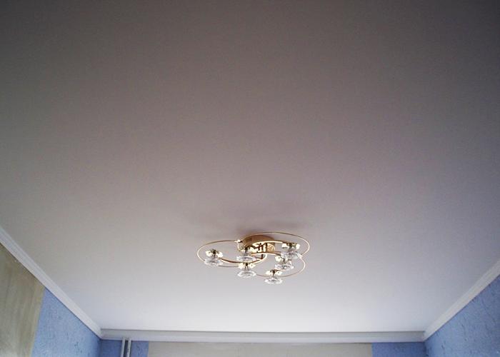 Парящий натяжной потолок — плюсы и минусы