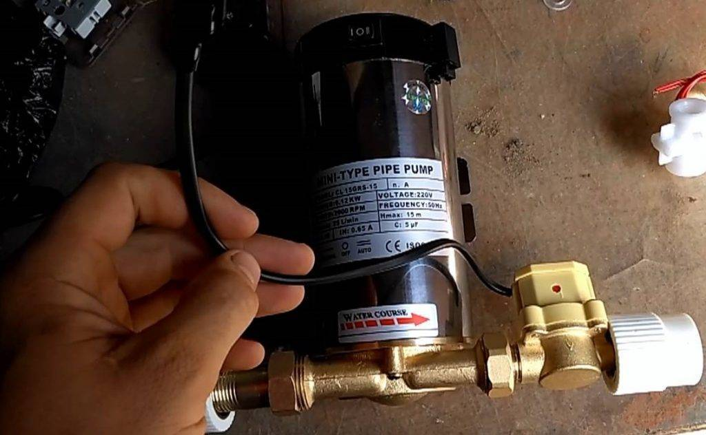 Как повысить давление в системе водопровода в частном доме: причины низкого давления
