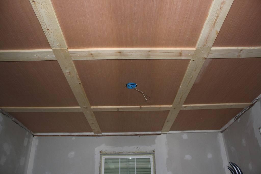 Как сделать потолок в деревянном доме своими руками