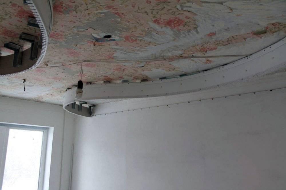 Как снять натяжной потолок своими руками и поставить обратно без вреда