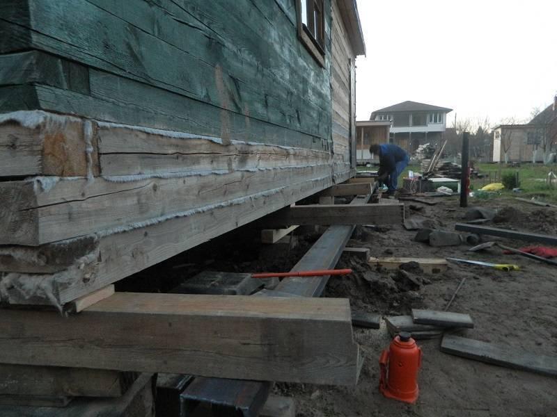 Какими домкратами можно поднять деревянный сруб. как осуществить подъем деревянного дома: описание, видео и цены.
