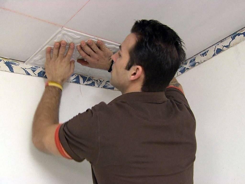 Укладка керамической плитки на потолок — подробная технология процесса