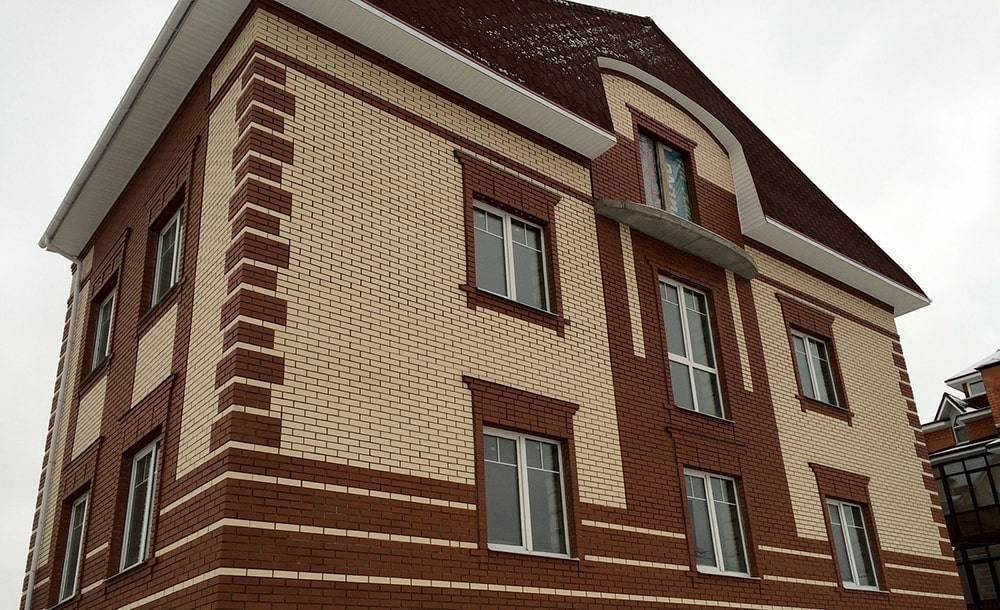 Красивые фото домов из кирпича цвета солома и шоколад