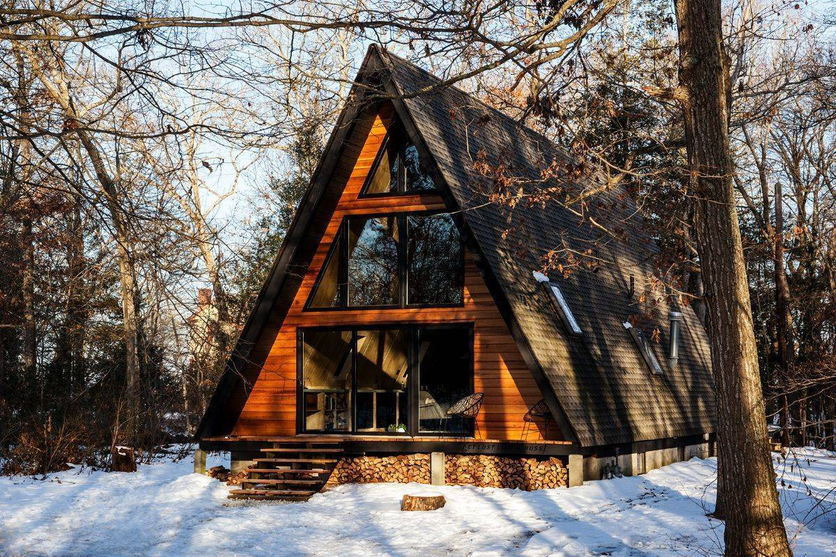 Как построить шалаш своими руками: сооружение убежищ из веток в лесу