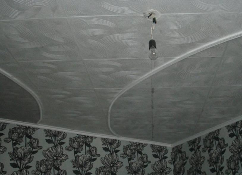 Способы поклейки потолочной плитки своими руками
