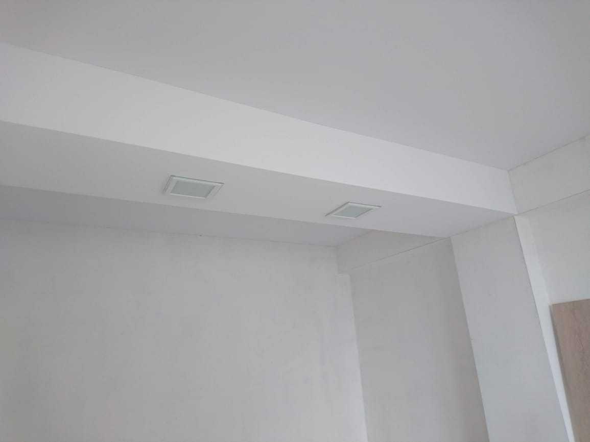Монтаж натяжных потолков своими руками и стоимость 1м2 с установкой