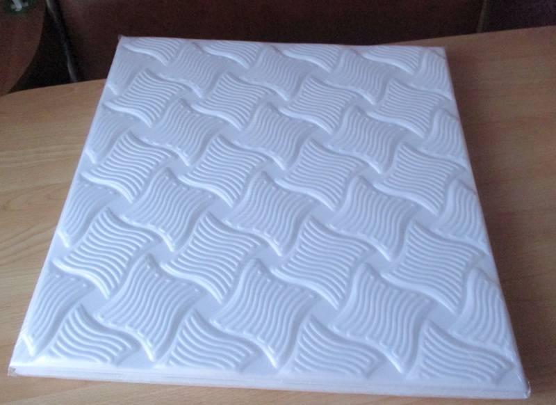 Потолочные плиты из пенополистирола - виды, фото, плюсы и минусы