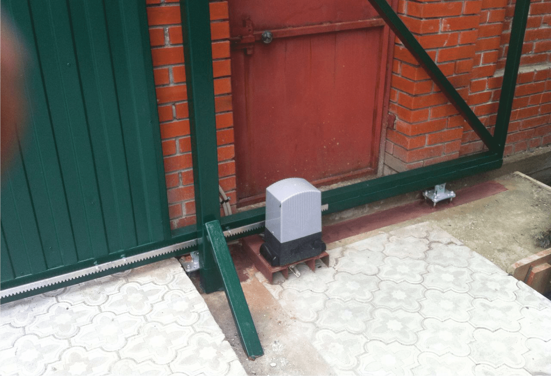 Автоматические распашные ворота достоинства и недостатки