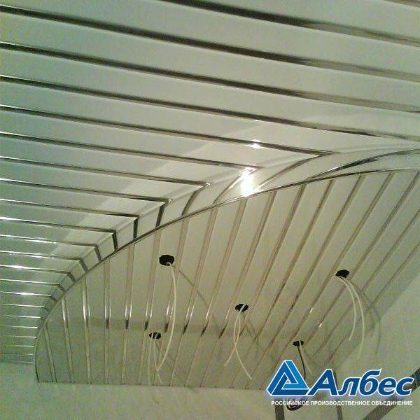 Алюминиевый потолок: особенности, преимущества, монтаж подвесных потолков