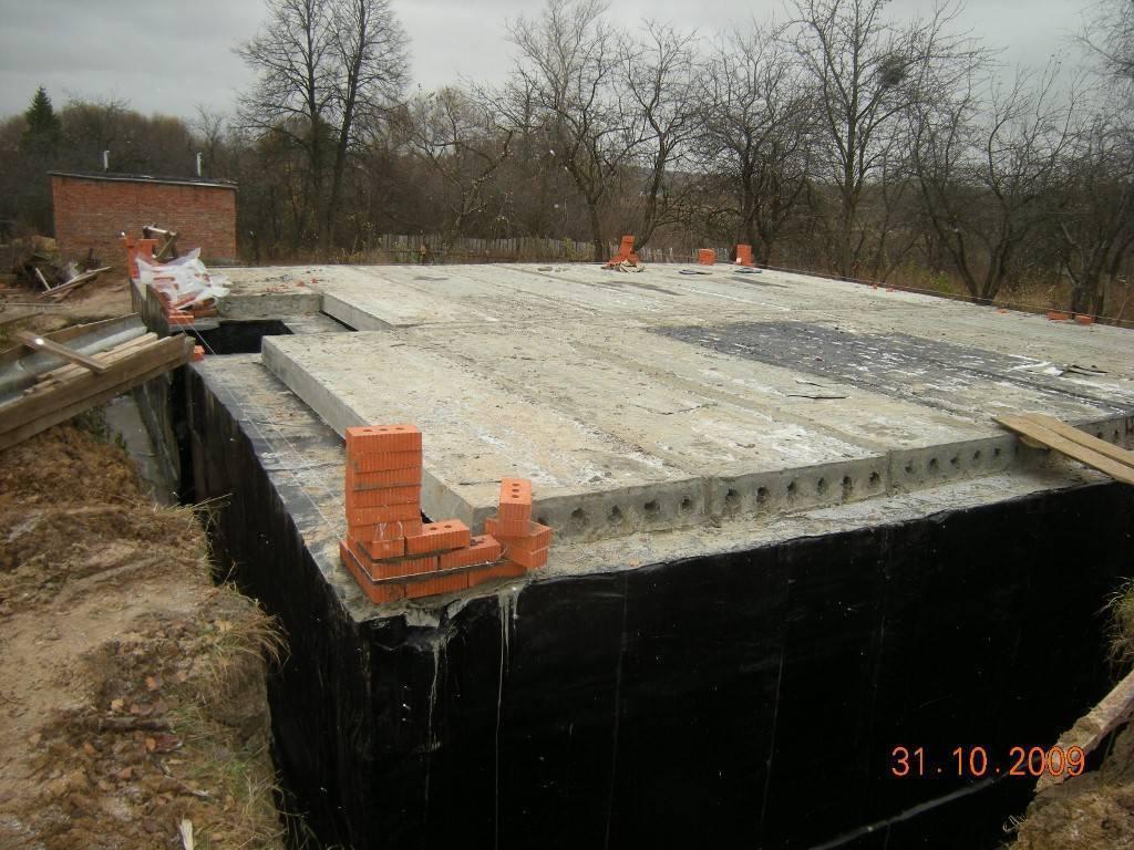 Как сделать фундамент для дома с подвалом?