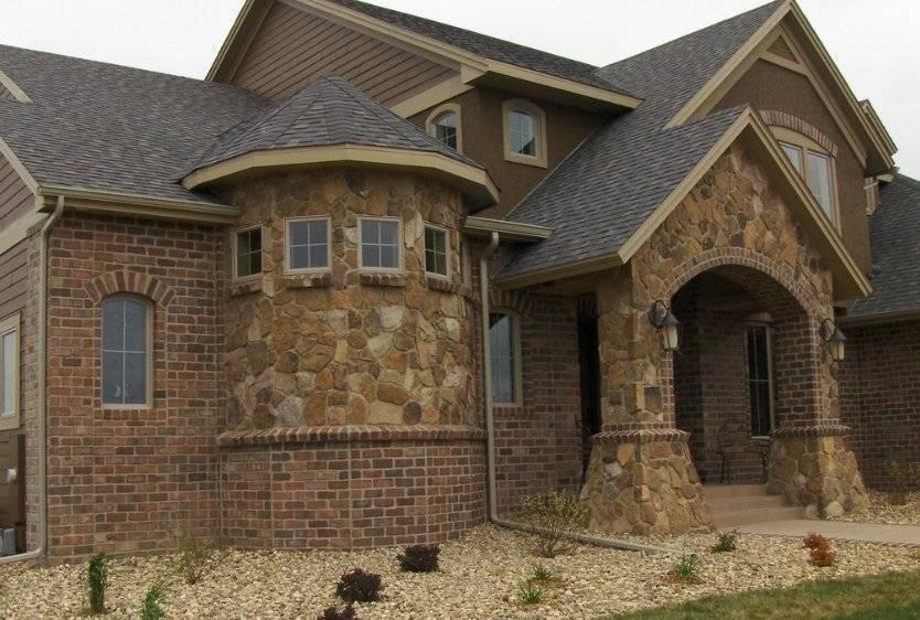 Облицовка фасада камнем: наружная отделка частного дома декоративным камнем при помощи морозостойкого клея