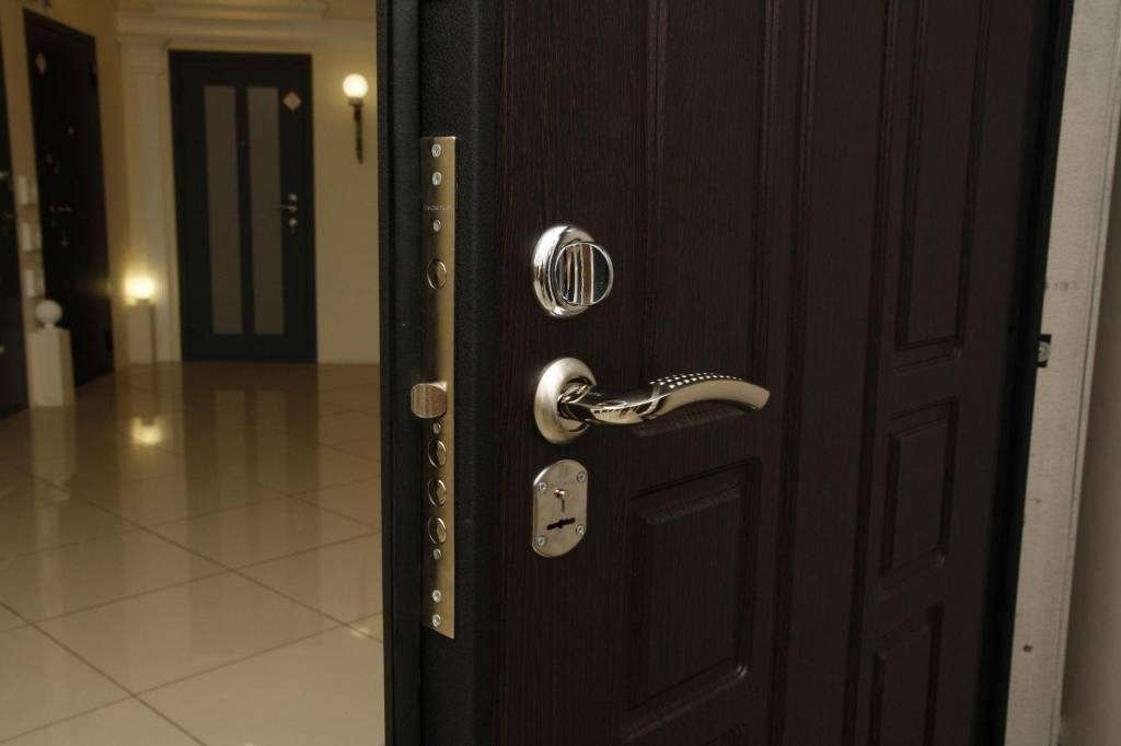 Выбираем лучшую входную дверь: от конструкции до производителя