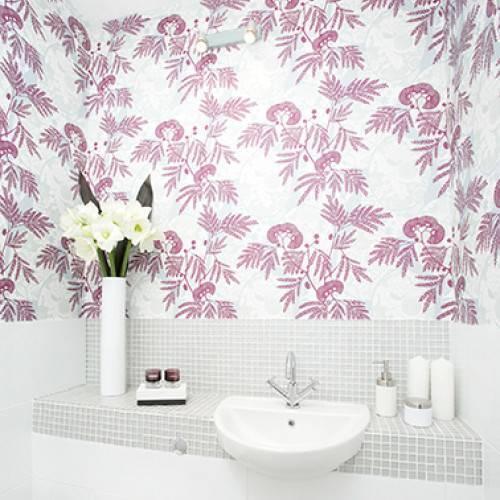 Обои для ванной комнаты: водостойские, моющиеся, влагостойкие