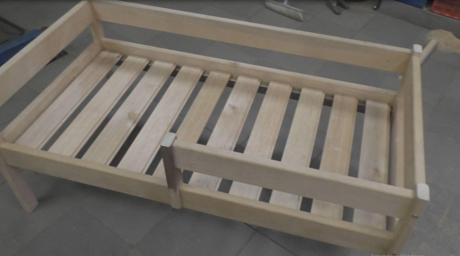 Детская кроватка своими руками: преимущества использования и советы по подбору материалов