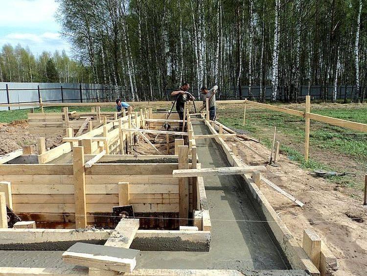 Строим дом без фундамента своими руками