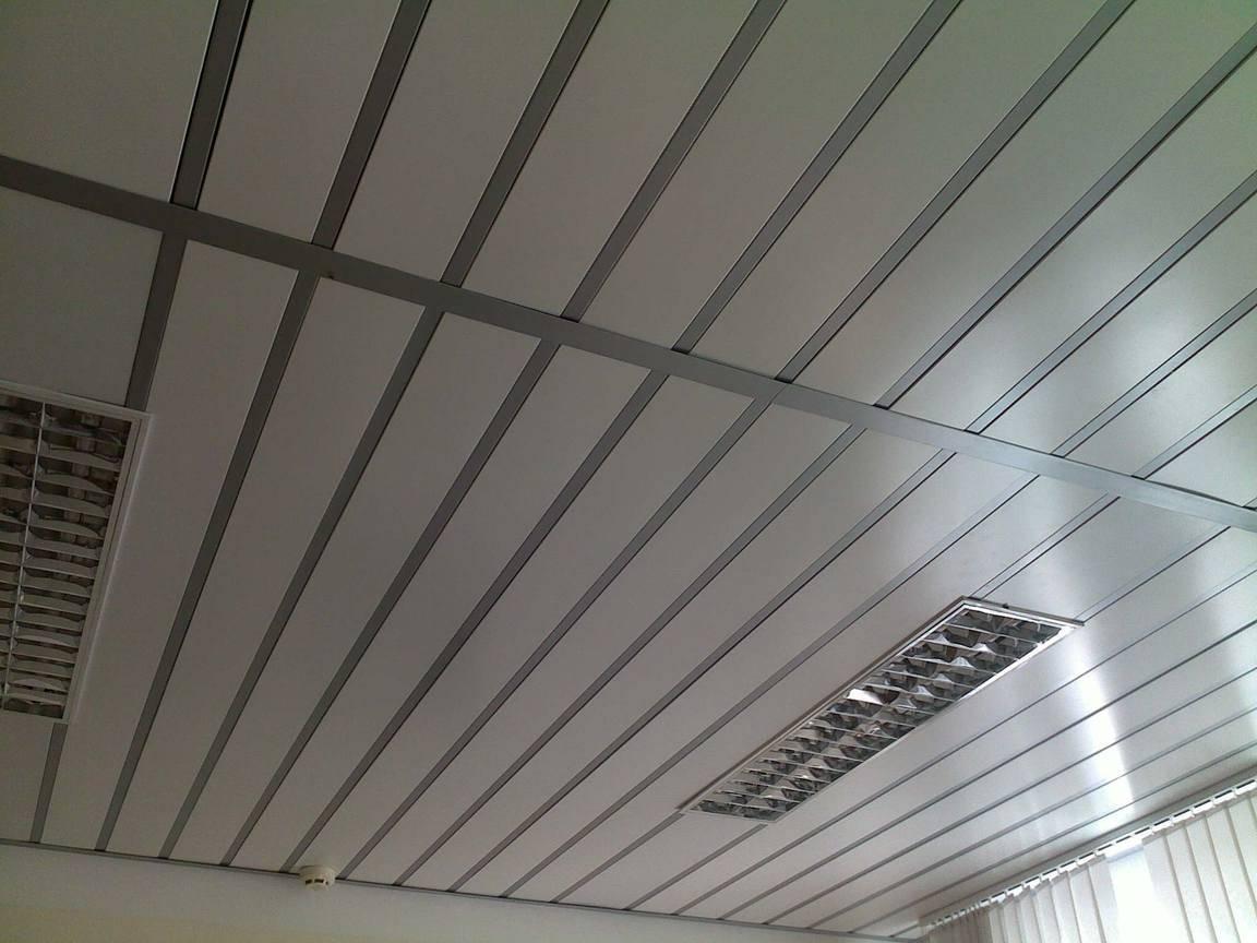 Металлический потолок: устройство и монтаж