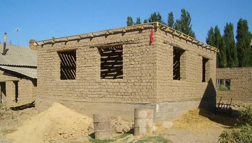Саманный дом своими руками - строительство саманного дома + фото
