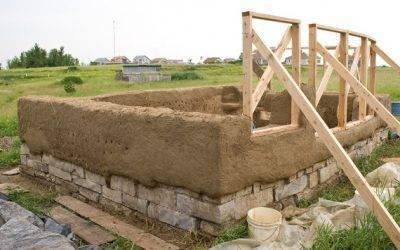 Стройремонткак построить глинобитные дома своими руками: видео технологии строительства стен и пола
