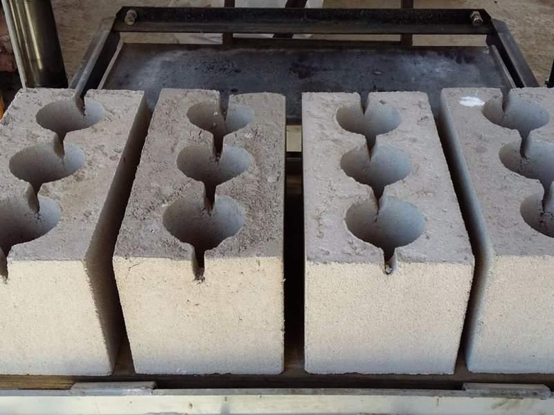 Как своими руками сделать керамзитобетонные блоки?