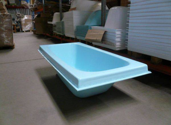 Акриловая вставка в ванну: как правильно выбрать акриловый вкладыш и установить его