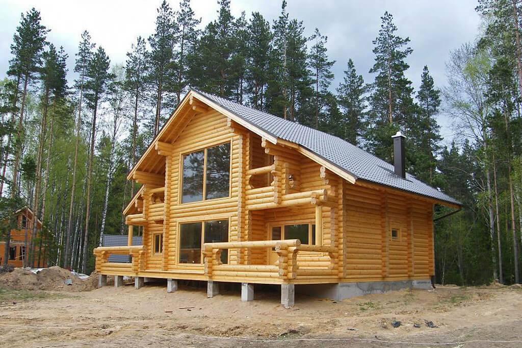 Дом из бревна или бруса – что лучше
