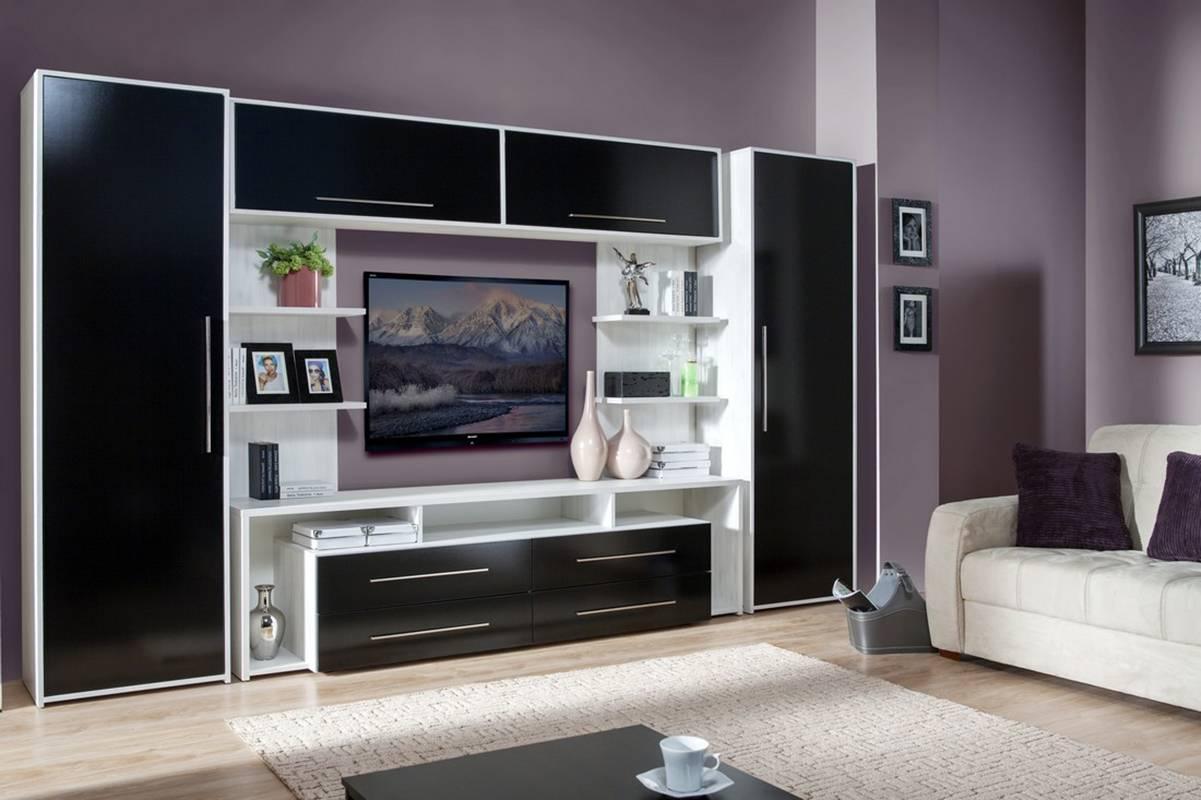 Красота и комфорт: роль стенок-горок в оформлении гостиной