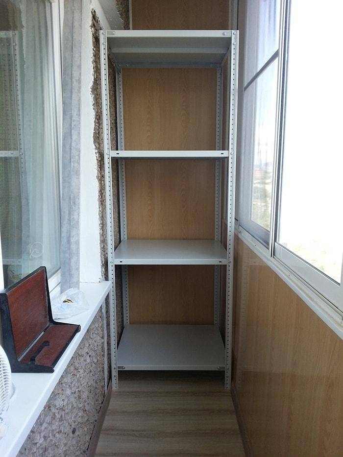 Как сделать шкаф на балконе или лоджии своими руками: подробная инструкция и 13 идей для вдохновения