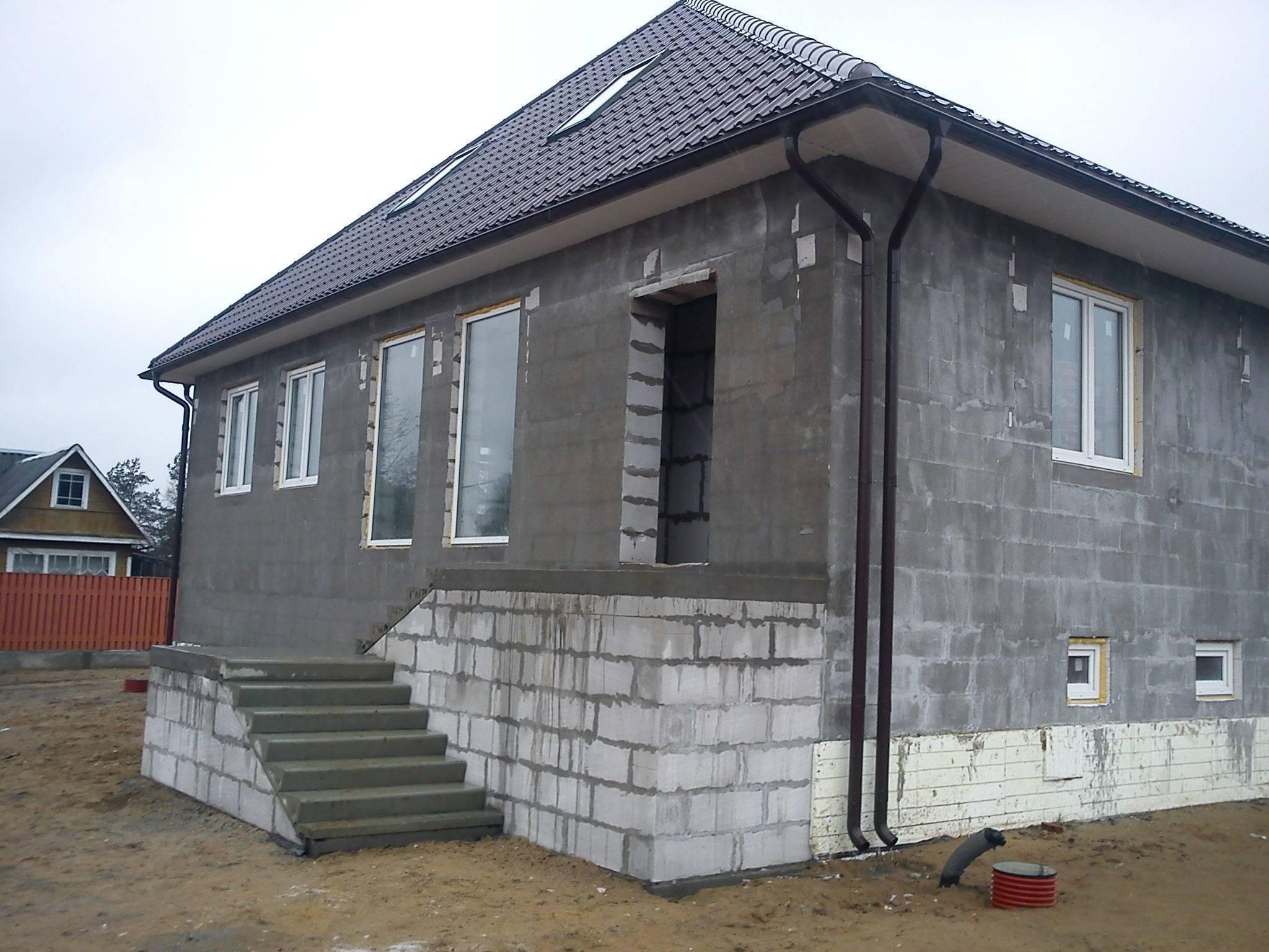 Варианты внутренней отделки стен дома из газобетона