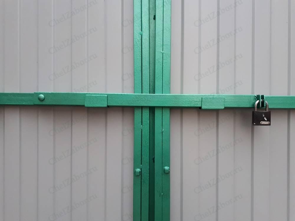 Делаем запор для ворот своими руками