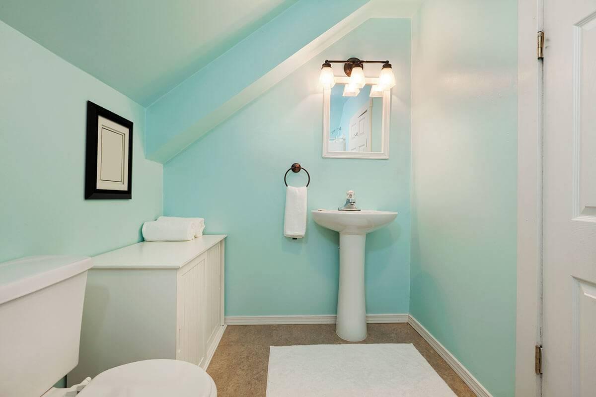 Покраска стен в ванной своими руками