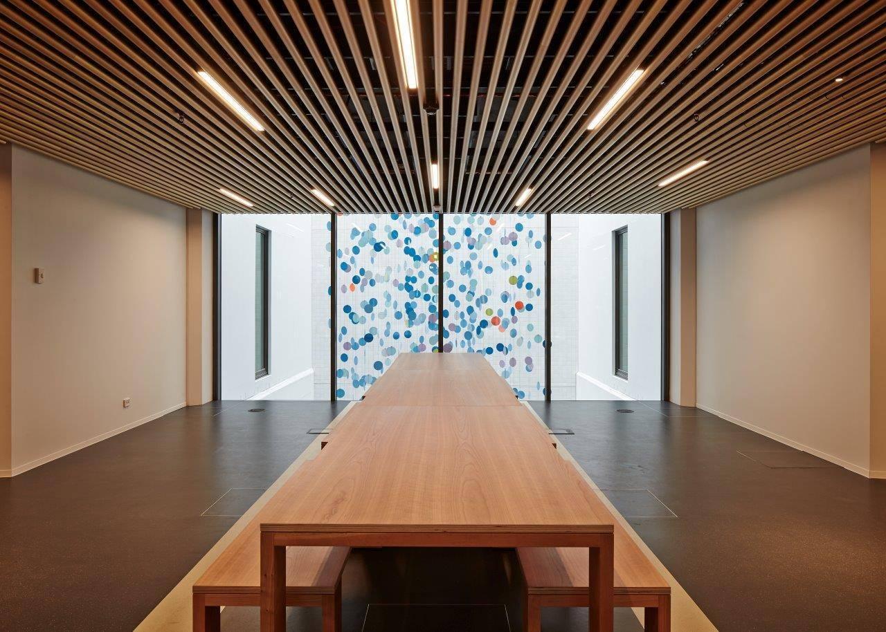????дизайн и стоимость кубообразного реечного потолка - блог о строительстве