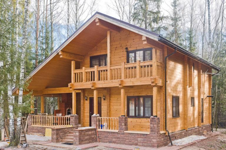 Строить или не строить дом из клееного бруса?
