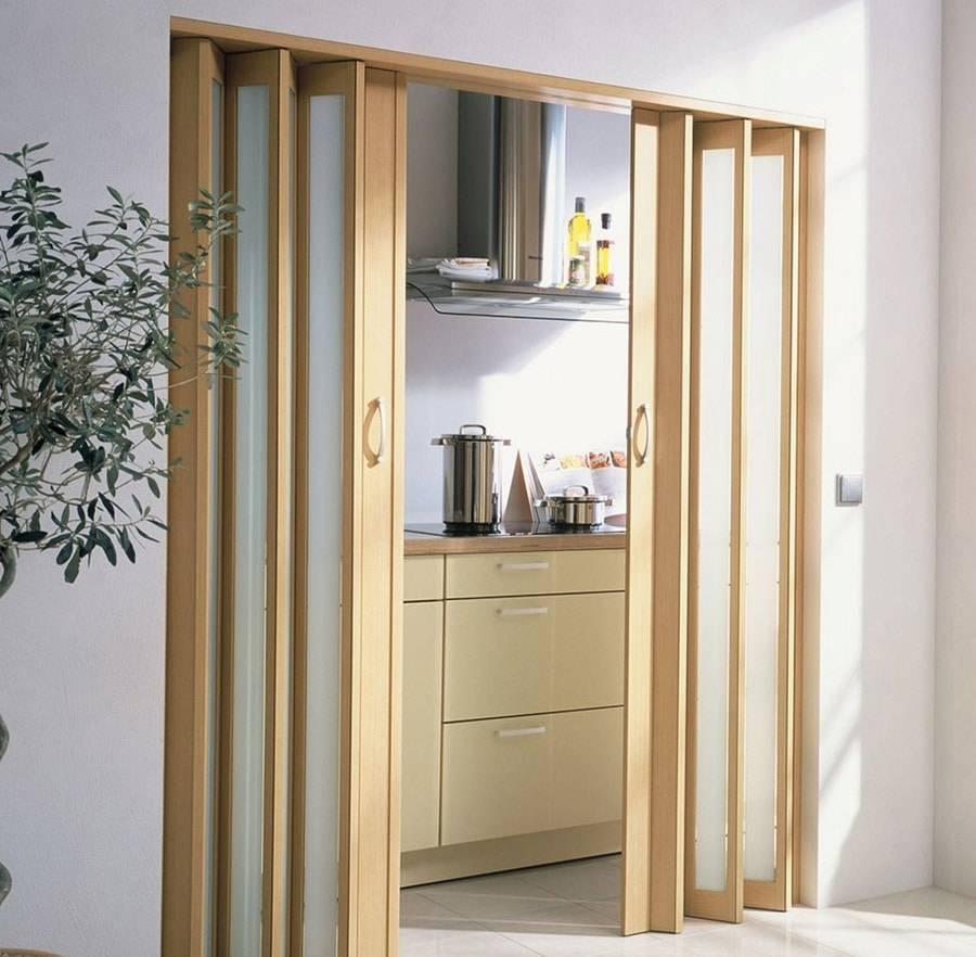 Складная дверь-гармошка своими руками: сборка и установка