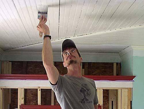 Шпаклевка потолка под покраску: как правильно своими руками и цена за м2