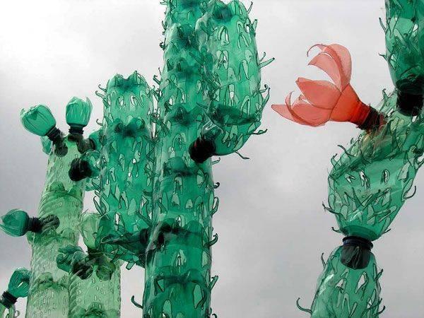 Поделки из пластиковых бутылок своими руками для дачи, сада и огорода: идеи, схемы и мастер-классы, фото и описание   своими руками