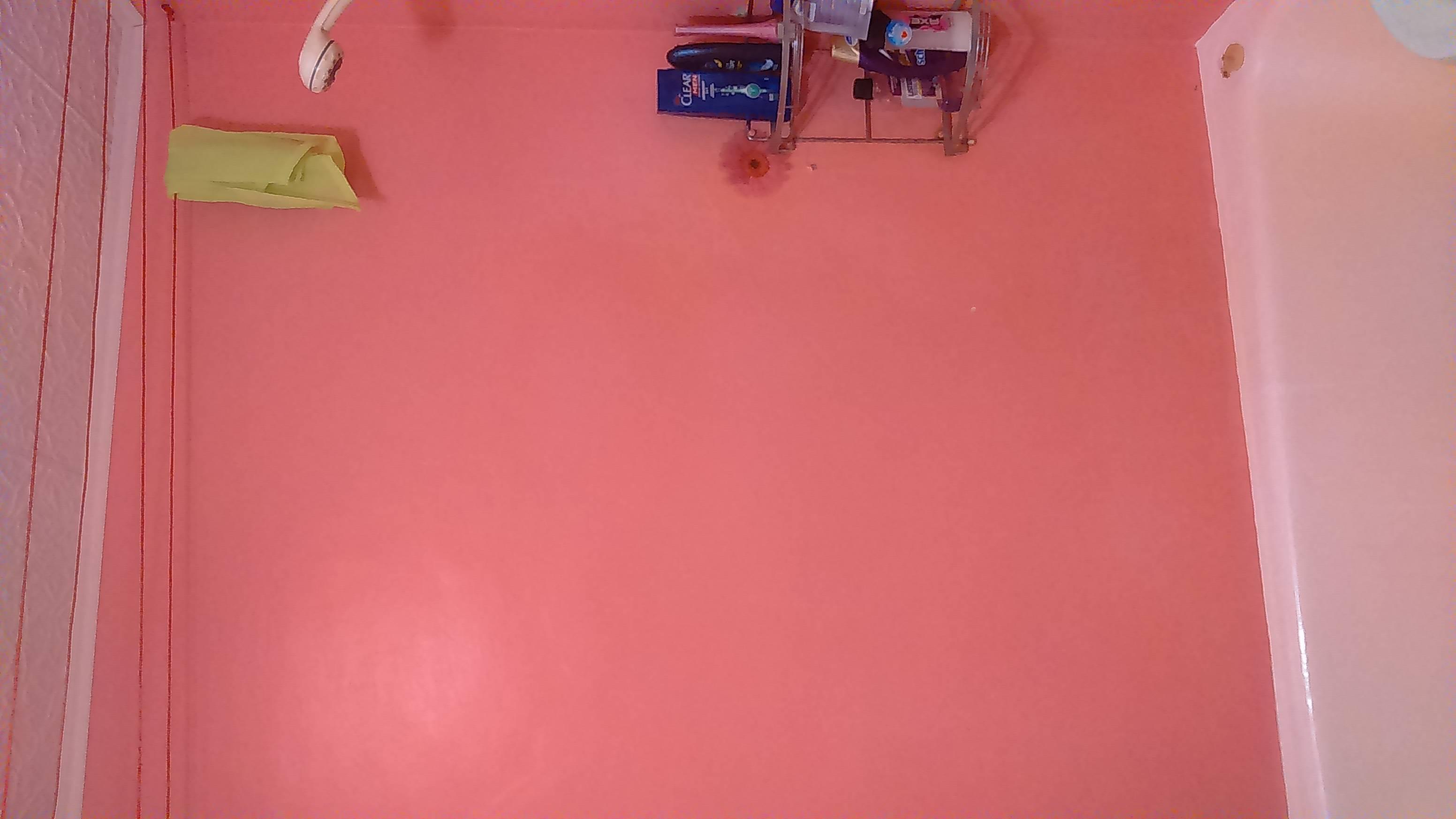 Чем покрасить потолок в ванной комнате своими руками?