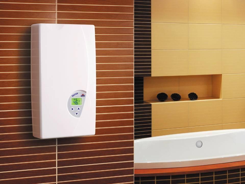 Чистая и горячая вода: какой водонагреватель подойдёт для дачи, а какой для квартиры