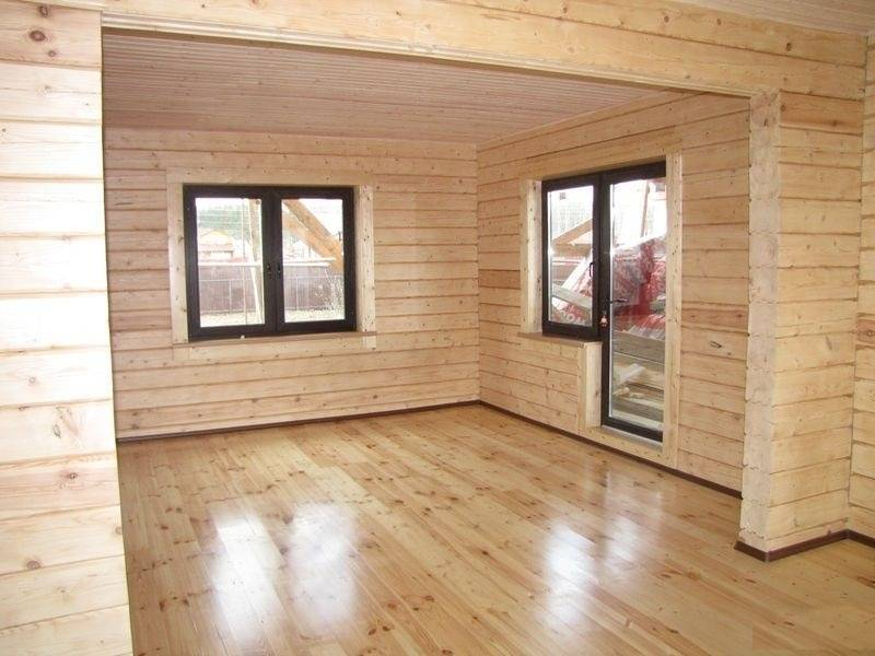 Внутренняя отделка дома из бруса: покраска, обшивка вагонкой (фото)