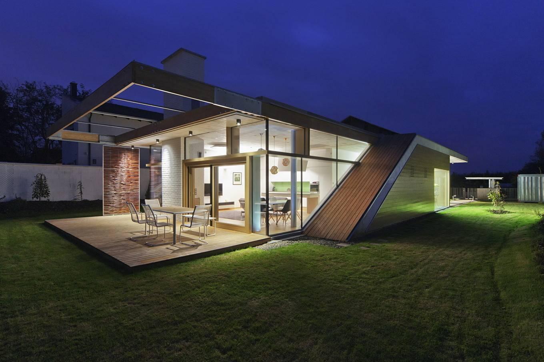 Планы красивых проектов домов и коттеджей в 3d